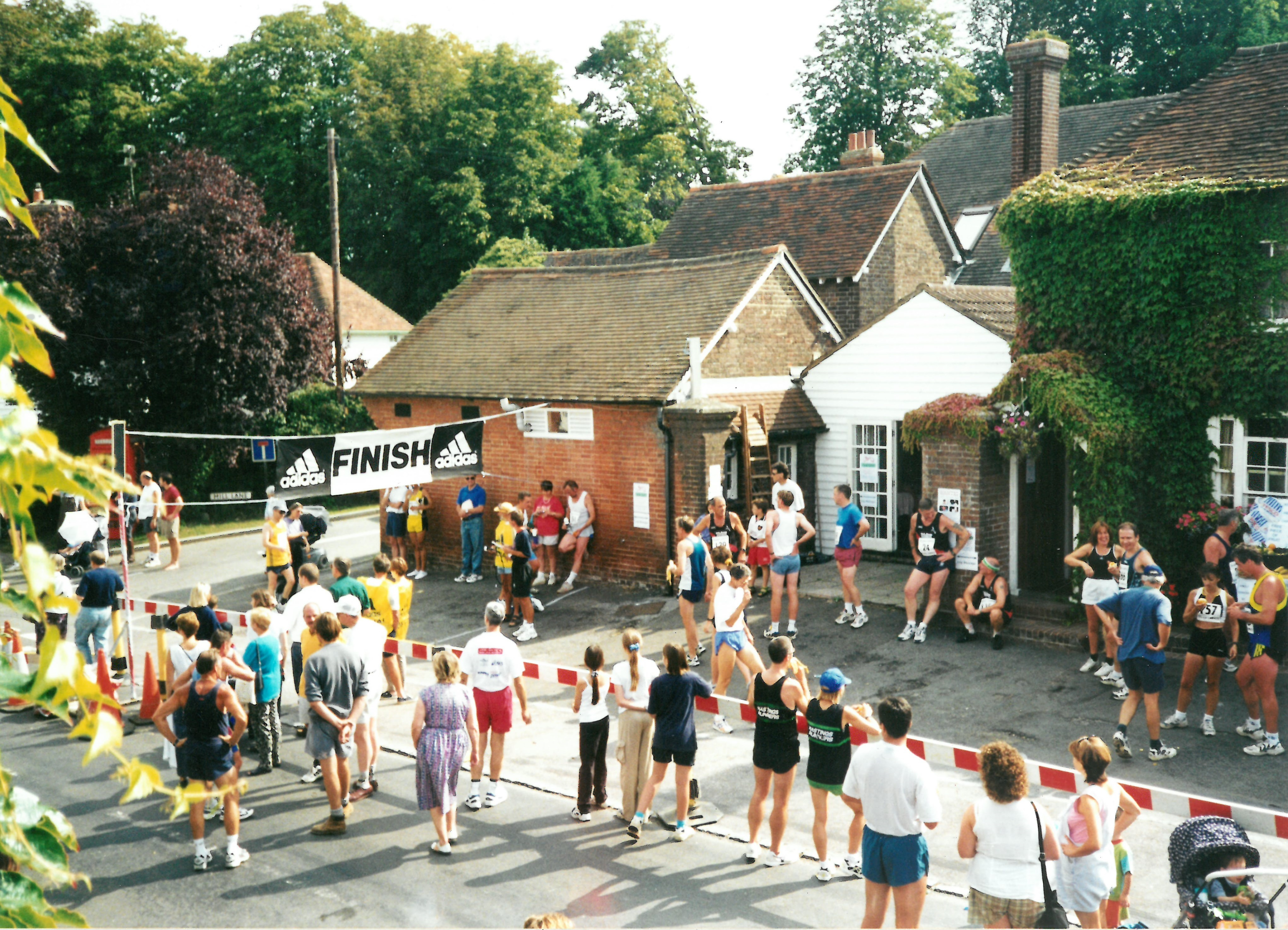 Kings Head Canter 1998 Finish